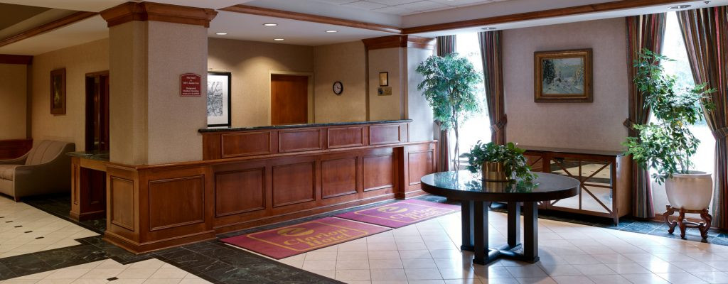 Clarion Hotel – Airport Portland Maine